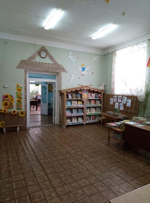 В Еманжелинске ведутся работы по ремонту и модернизации детской библиотеки